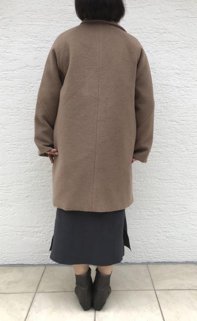 【口コミ評判】ドゥクラッセ・マジカルサーモ リバーシブル・ウールコートの背面