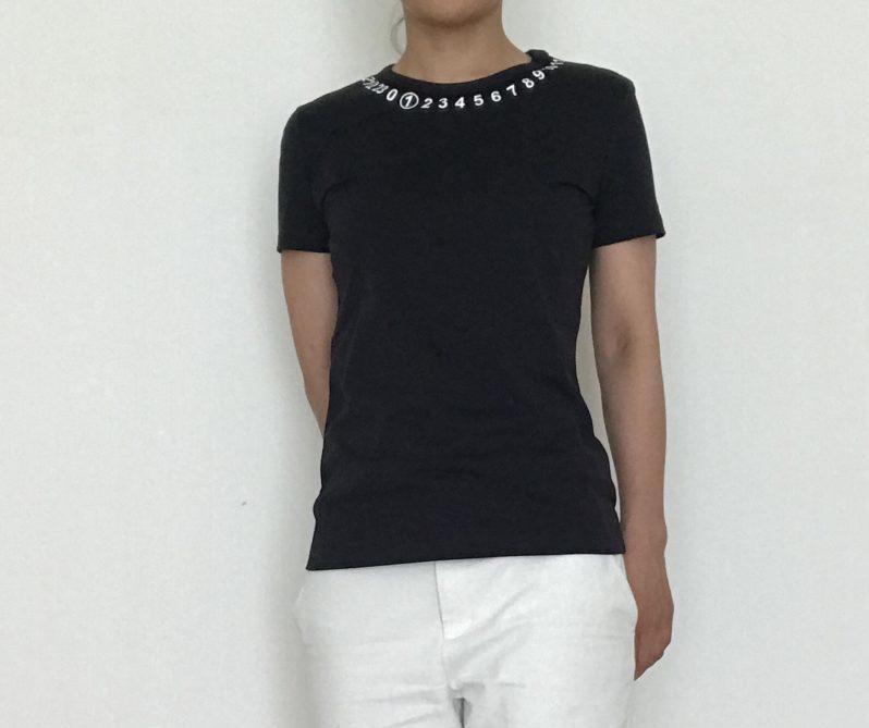 Maison Margiela(メゾンマルジェラ)のレディースロゴTシャツのサイズ感