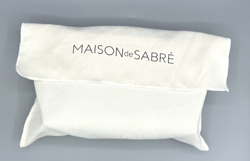 MAISON DE SABRE(メゾンドサブレ)のビューティーポーチを開封2