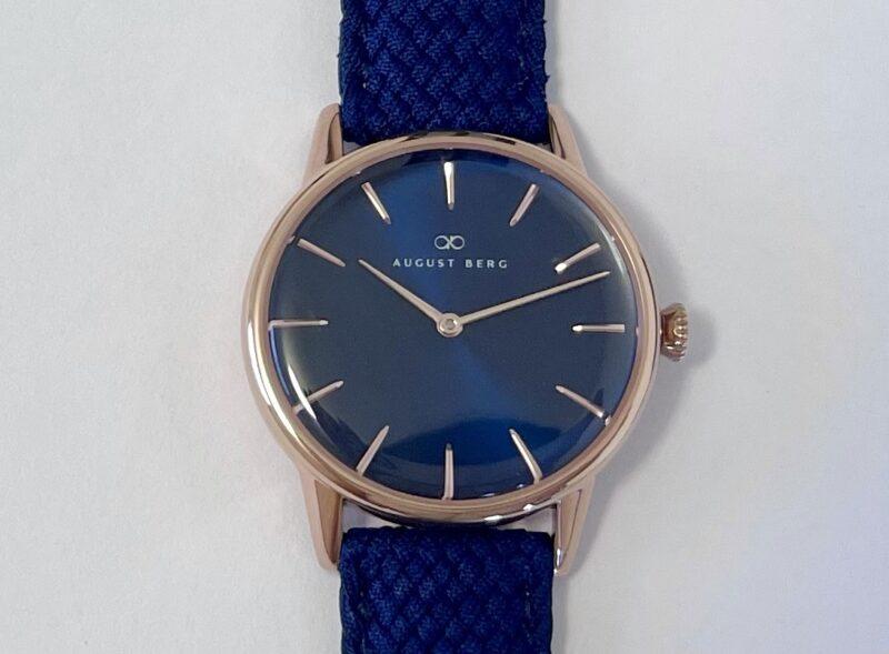 August Berg(オーガストバーグ)の腕時計SERENITY(セレニティ)の文字盤
